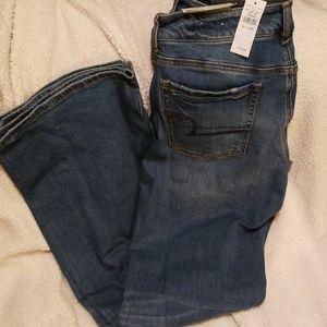 American Eagle Favorite Boyfriend jeans, 12 long